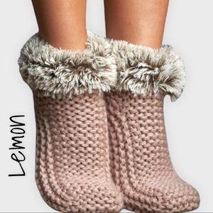 Lemon (Anthropologie brand) Pink Winter Cabin Cute Booties Size M/L